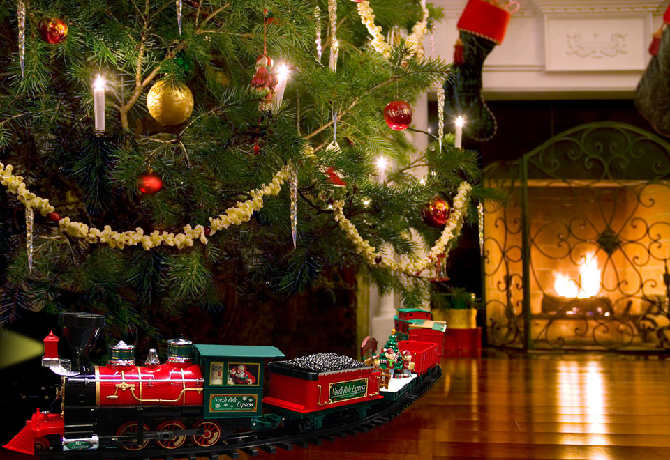 34-pc. Remote Controlled Christmas Tree Train @ Sharper Image