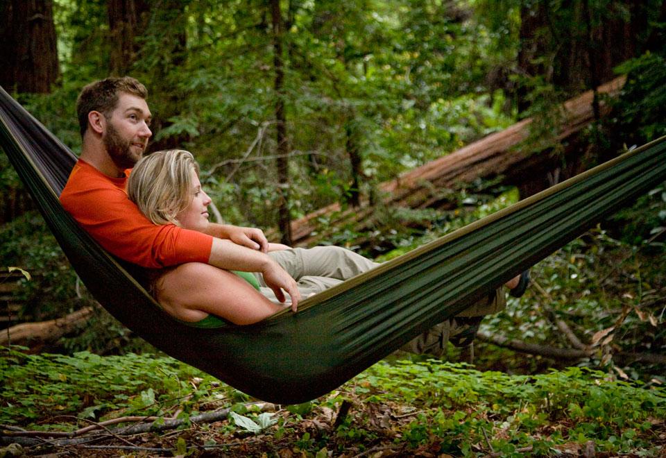 two person packable hammock   sharper image  rh   sharperimage