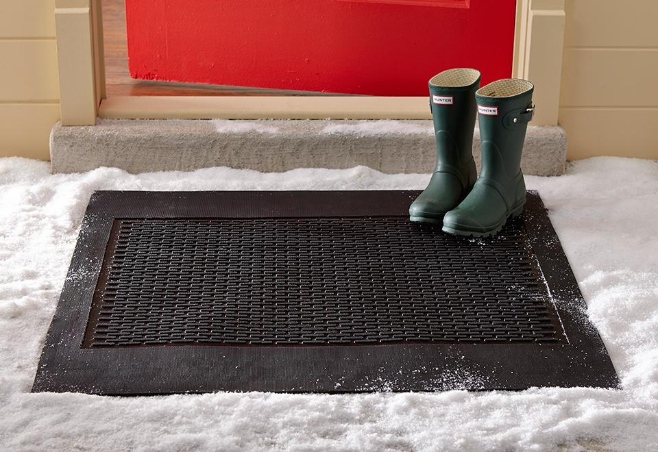 Electric snow melting door mat sharper image for Best doormat for snow